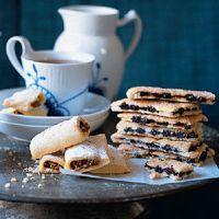 Fig rolls recipe - garagghh my fav!!!
