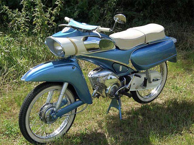 Ein sehr schönes Moped der Wirtschaftswunderzeit: Eine Victoria Type 115 von Zweirad Union, 1961.