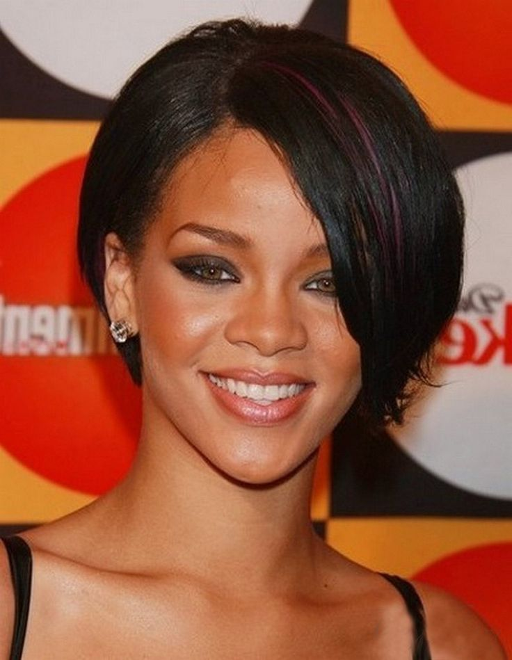 30 Best Short Hairstyles For Black Women | Rihanna hairstyles, Short straight hair, Short ...