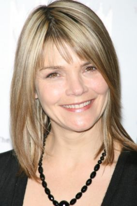 Actress Kathryn Erbe currently of Law & Order's Criminal Intent. she is just the cutest. I want her haircut.