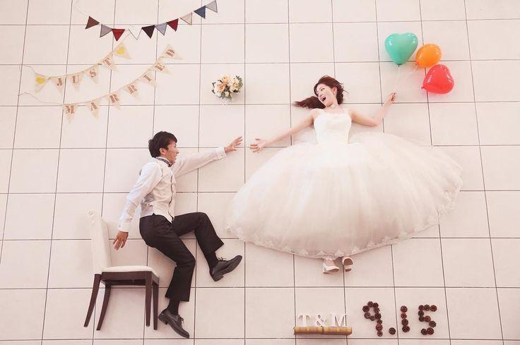 寝相アート風のウェディングフォト・結婚式前撮り写真の撮り方 | marry[マリー]