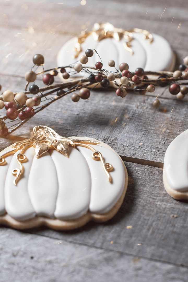 Mystic pumpkin cookies featuring Jes Best Royal Icing recipe. Don't be charmed by royal icing recipes that cause dimples and holes.