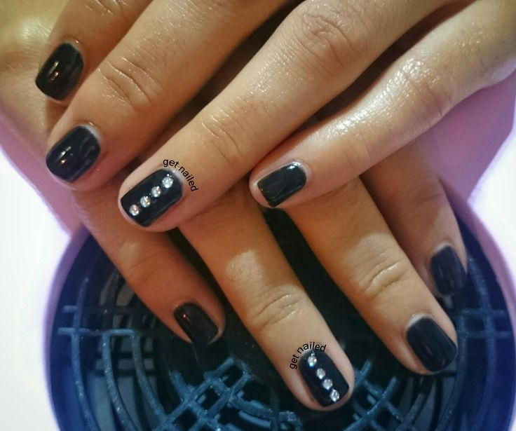 Soak off gel nails with strass