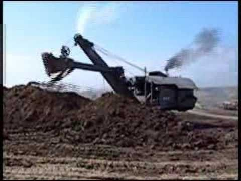 Mike Mulligan - steam shovel in use