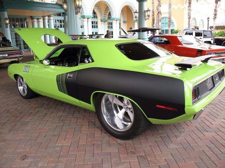 Gorgeous Plymouth Barracuda...More About The Best Classic Muscle Cars -----> http://musclecarshq.com/category/best-muscle-cars/