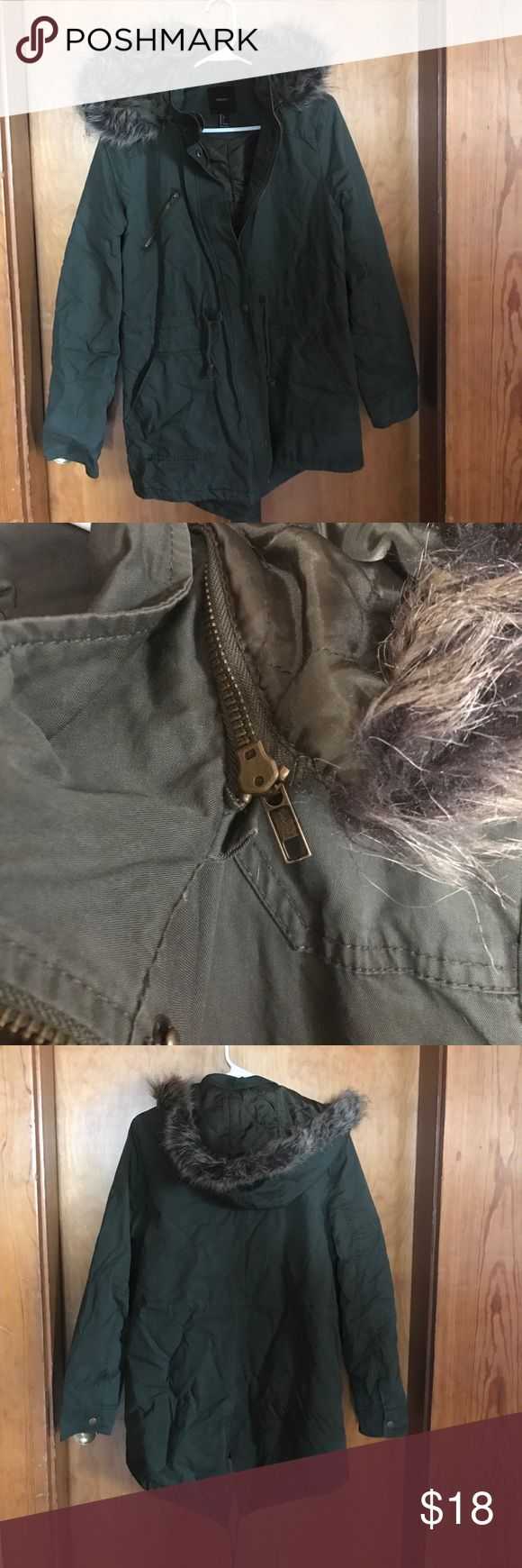FOREVER 21 olive green parka style coat Never worn but removed tags. Olive green colored coat. Snap sleeve, drawstring waist, removable fur trimmed hood, pockets and zipper detailing Forever 21 Jackets & Coats Utility Jackets