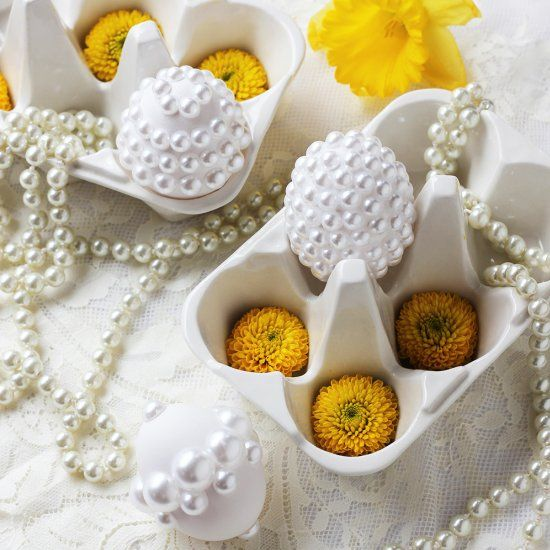 These pearly Easter eggs were inspired by Lupita Nyong'o's beautiful couture Calvin Klein Oscars dress and are super easy to make.