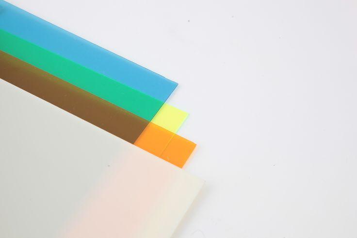 アクリル板 blue yellow orange 0.45m×0.6m opal 0.65m×0.5m 各¥2,000 (税別) ※スタジオ外リース価格