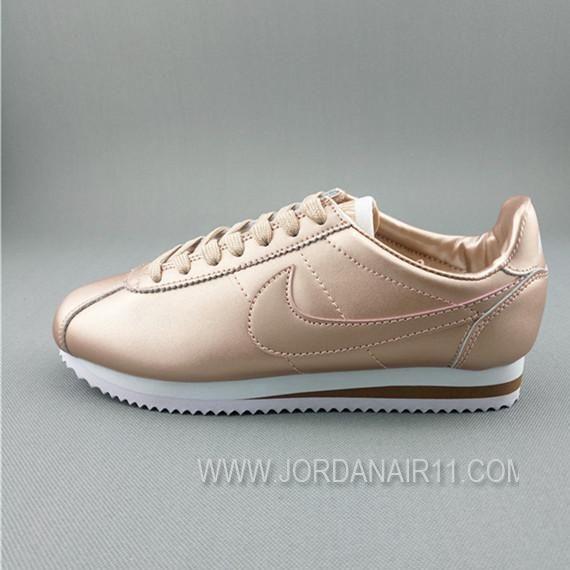 大特価! ナイキ コルテッツ クラシック レザー Nike WMNS Cortez Classic Leather 349026-013 GOLD WMNS ゴールド レディース/ウィメンズ ランニングシューズ