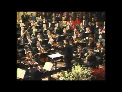 4  Vienna New 4  Years Concert 1993  Auf der Jagd Polka Op  373 ,Johann Strauss Riccardo Muti - YouTube