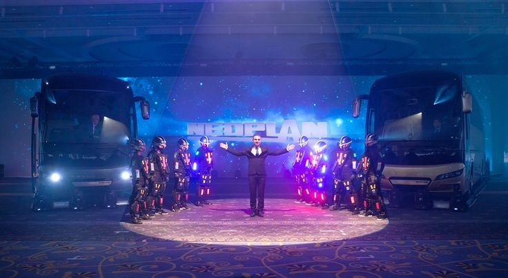 NEOPLAN Yeni Tourliner'ın Türkiye Lansmanı, MAN Kamyon ve Otobüs A.Ş. tarafından 24–25 Mart'ta Antalya'da düzenlenen özel bir törenle gerçekleştirildi.
