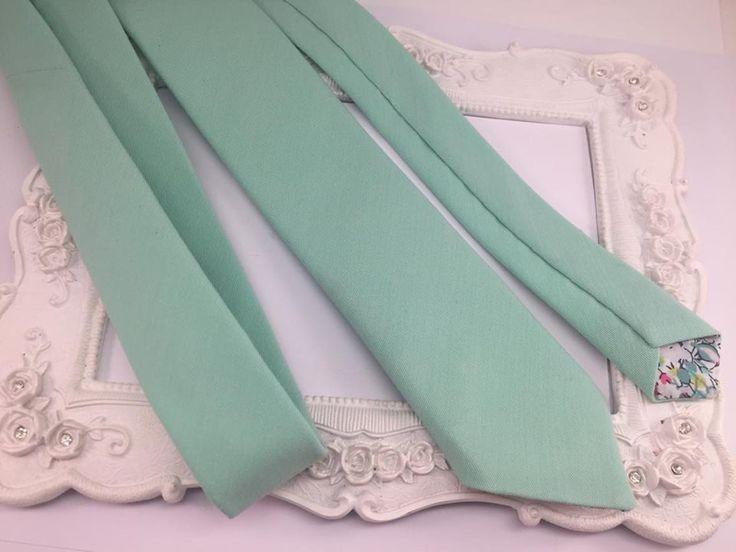 Cravate unie Vert Menthe - Homme : Cravates par fleurs-de-provence