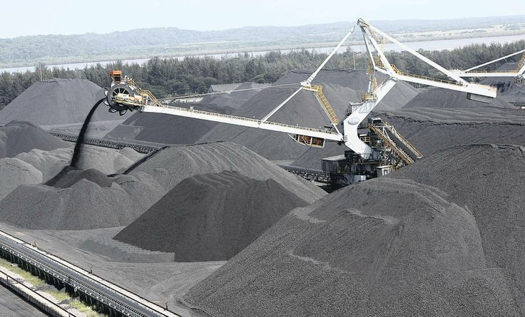 Transnet, South Africa's ports and rail operator, said it's battling mining companies for influence over coal export port access as their dominance shuts out small black-owned producers.  Click here to read the full story: http://www.iol.co.za/business/companies/transnet-fights-for-black-coal-miners-1.1645157#.Uvn4dKJN_Zs