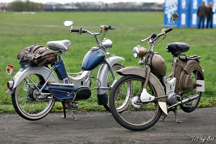 Simson SR1 brown  Simson SR2 blue