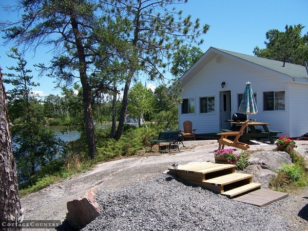 Cottage Country Listing #173953 - Lakepoint Cottages in Lake Nipissing - Cottage Country Rentals