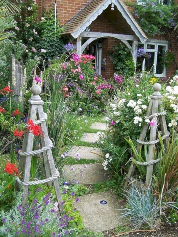 37 Chic And Simple Garden Trellis That You Can Do It 400 x 300