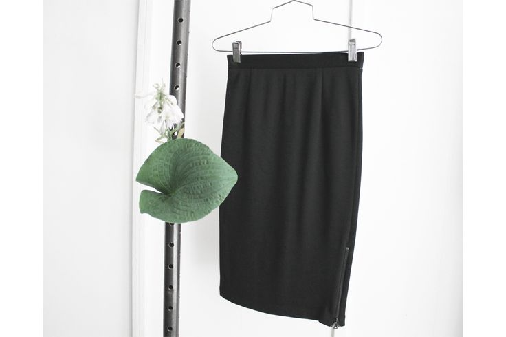 Skirt by Alice + Olivia