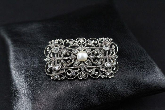 Online veilinghuis Catawiki: Broche/hanger, 14 kt witgoud met diamanten en centrale parel