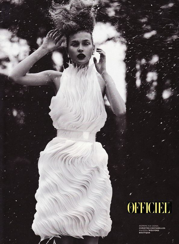 #NostalgiaFriday: #blackandwhite 2012 L'Officiel Hellas fashion #editorial ft a #costarellos #white #pleats dress