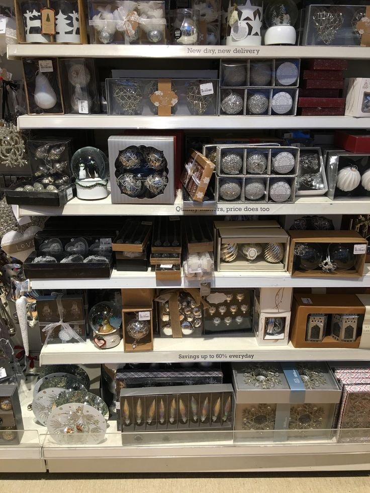 Quality free standing wall shelving - Ideal for Christmas displays #retailfixtures #shelving #shopfittings