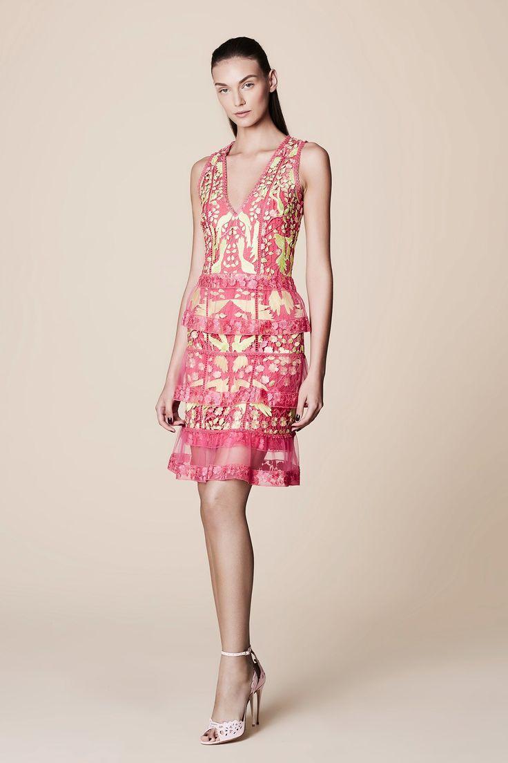 78 best Designer Dresses images on Pinterest   Alta costura, Vestido ...