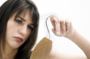 Postpartum Hair Loss: Why You Should'nt Freak Out When Your Hair Falls Out