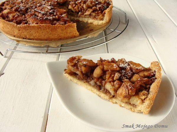 Smak Mojego Domu: Kruche ciasto z jabłkami, bakaliami i miodem