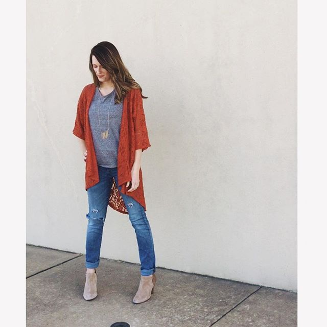 Burnt orange lace Lindsay kimono and grey classic tee by Lularoe with jeans and booties! Love this outfit! Waco, TX Shop Lularoe Adrienne Hare: Http://www.facebook.com/groups/lularoewaco