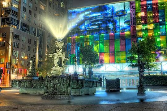 Fontaine du palais des congrès de Montréal