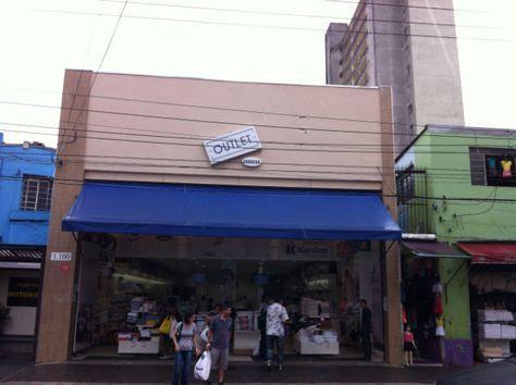Outlet no Brás: Descubra lojas de marcas famosas com preços baixos