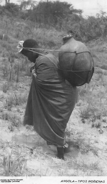 Africa | Woman with a pitcher of water. Angola. ca. 1940s  | Scanned vintage postcard; published by Foto Sport Luanda