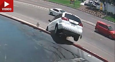 Toyota - minibus fällt auf nach der ausfahrt montana auto waschen Accidents Featured Offbeat News Toyota Video