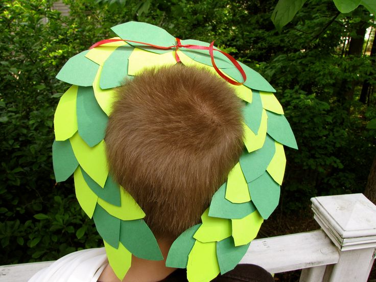 For Olympic Week: Olympic Laurel Wreath Crown Craft.