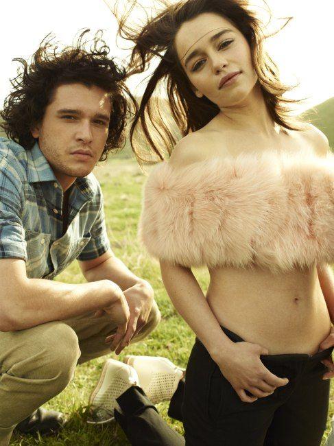 Kit harrington and emilia clarke dating in 2015 10