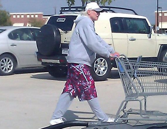 15 Funny Pictures Of People Of #Walmart That are Ridiculous #WalmartHumor #wtf #peopleofwalmart