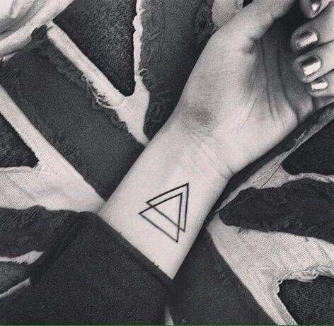 Gente eu acho tatuagens pequenas tão lindas