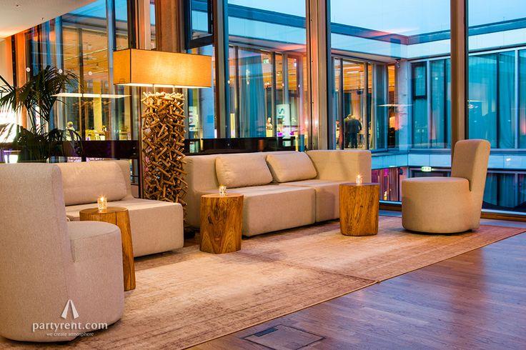 Wohlfühl-Atmosphäre im Cafe Moskau #cor #nuba #ovo #furnituredesign #lounge