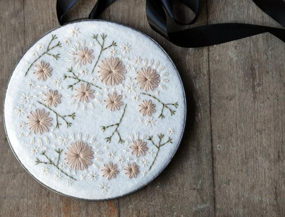 Etsy Transactie - Hoop Art in Pear Green Wool Felt with Pale Pink and Pewter Grey Embroidery by lovemaude
