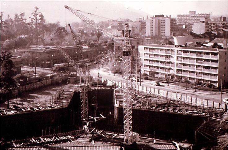 Torre de Carlos Antunez y Providencia, en cimientos. | Obra Unidad Vecinal de Providencia · 1957 - 1968 · Carlos Barella I. e Isaac Eskenazi