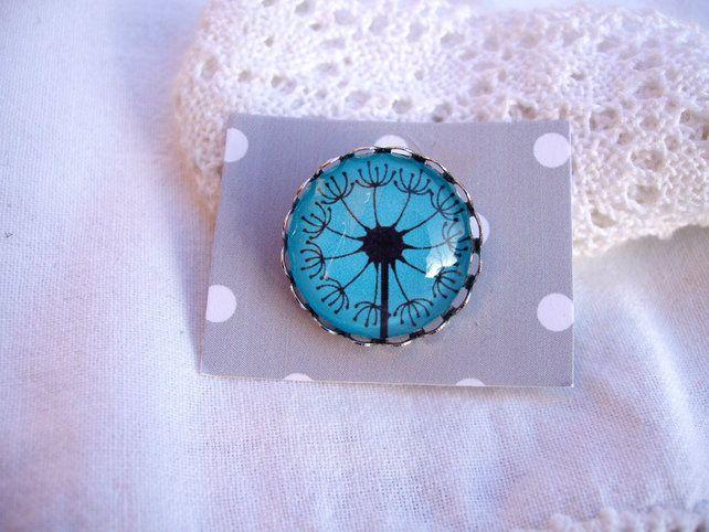 Dandelion Brooch. £6.00