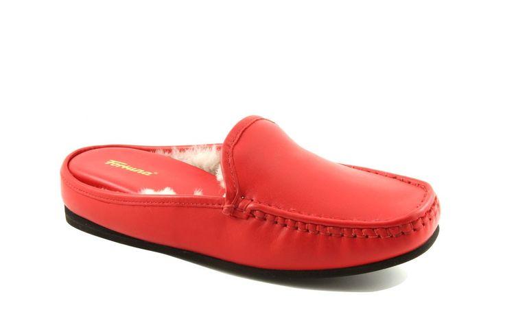 #Damenschuhe sowie Sandaletten und Pantoletten aus echtem Leder für besonderen Tragekomfort, auch für Problemfüße. Diese Schuhe sind ebenfalls auch mit loser Einlage erhältlich. Einige dieser Schuhe besitzen auswechselbare Einlagen als zusätzlichen Komfort.