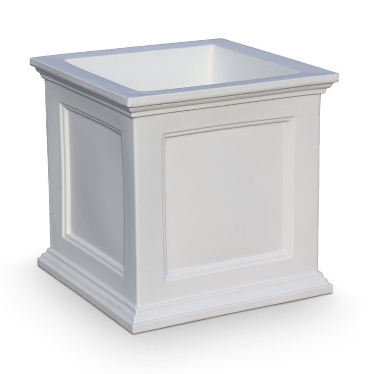 Fairfield Plastic Planter Box