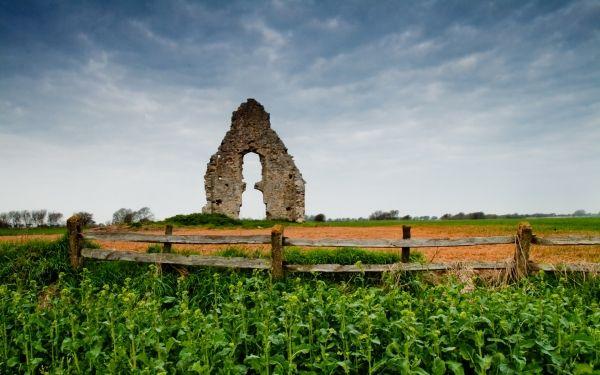 Midley ruined church, Romney Marsh