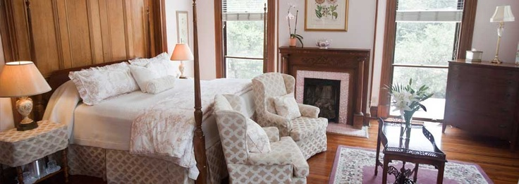 1000 images about queen anne style furniture on pinterest - Queen anne style living room furniture ...