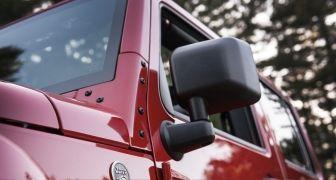 Video: 2017 Jeep Wrangler Unlimited Sahara - Ultimate In-Depth Look in 4K