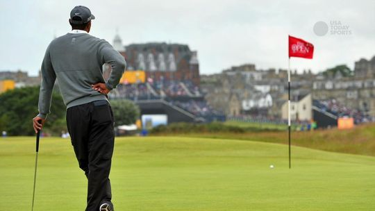 Jordan Spieth, Dustin Johnson in contention early at British Open - USA Today British Open  #BritishOpen