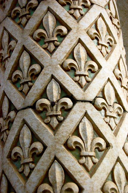 Fleur-de-lis Fleur-de-lis by earthdog on Flickr