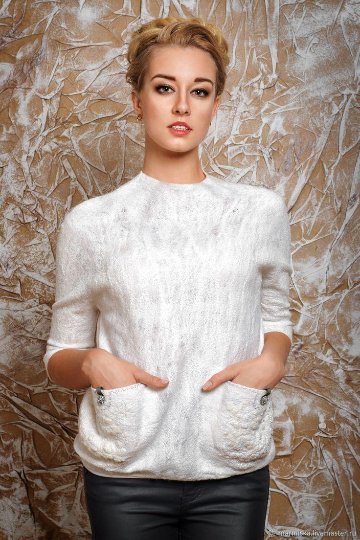 Купить Валяный свитер ПЕРЛАМУТР в интернет магазине на Ярмарке Мастеров