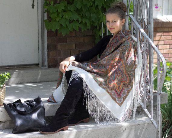 "58"" Russian Shawl Scarf Pavlovo Posad, 100% Wool & silk handmade fringe, up to 16 colors, Vintage design"