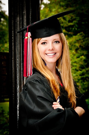 19 best Cap and gown images on Pinterest | Senior pictures ...